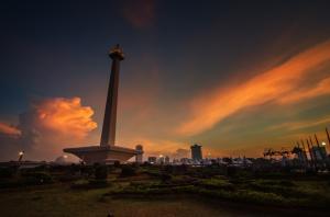 Indonesia 2016: Banyak Masalah, BanyakKesempatan!